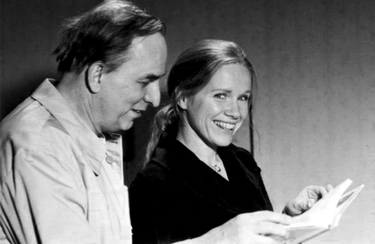 Happier times for Bergman and Ullman while on set.